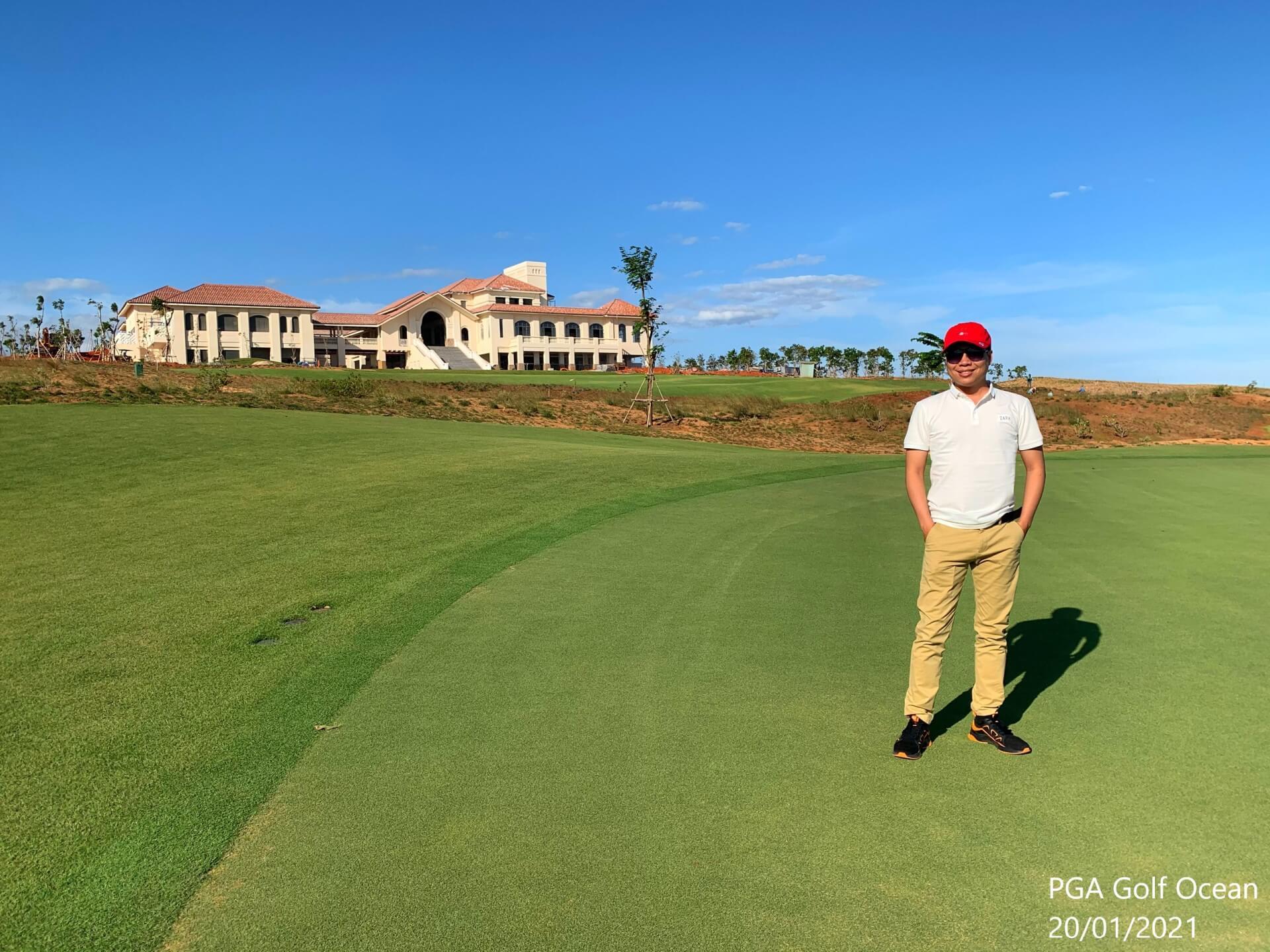 Kha-Ha-check-in-PGA-Golf-NovaWorld