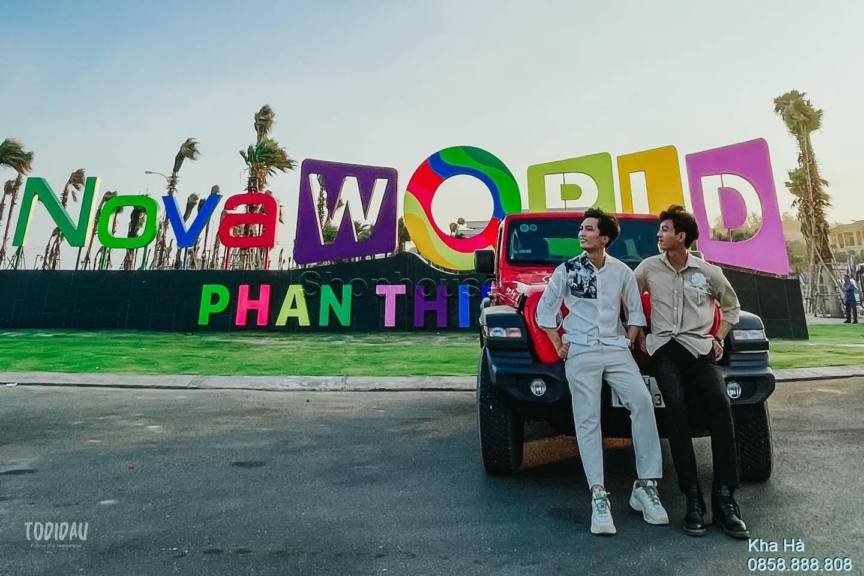 du-khach-check-in-cong-chao-tien-ich-cua-so-do-bo-bien-Bikini-Beach-16ha-NovaWorld-Phan-Thiet