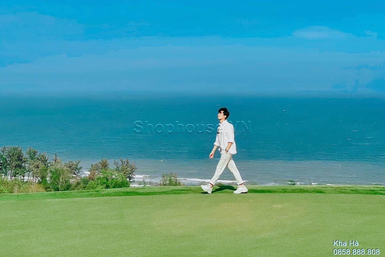 du-khach-dao-buoc-PGA-Golf-Ocean-NovaWorld-Phan-Thiet