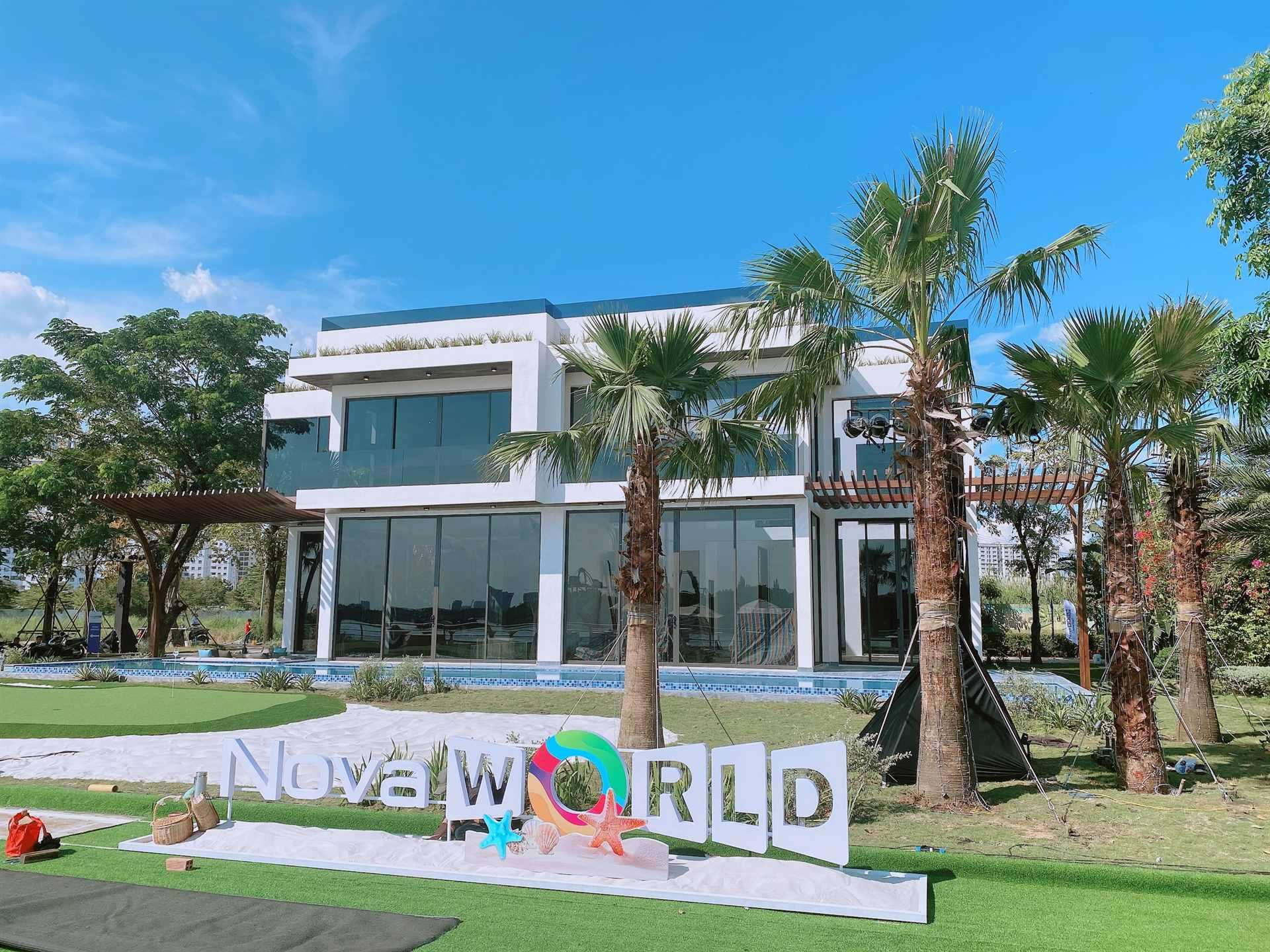 Nhà mẫu biệt thự villas golf NovaWorld