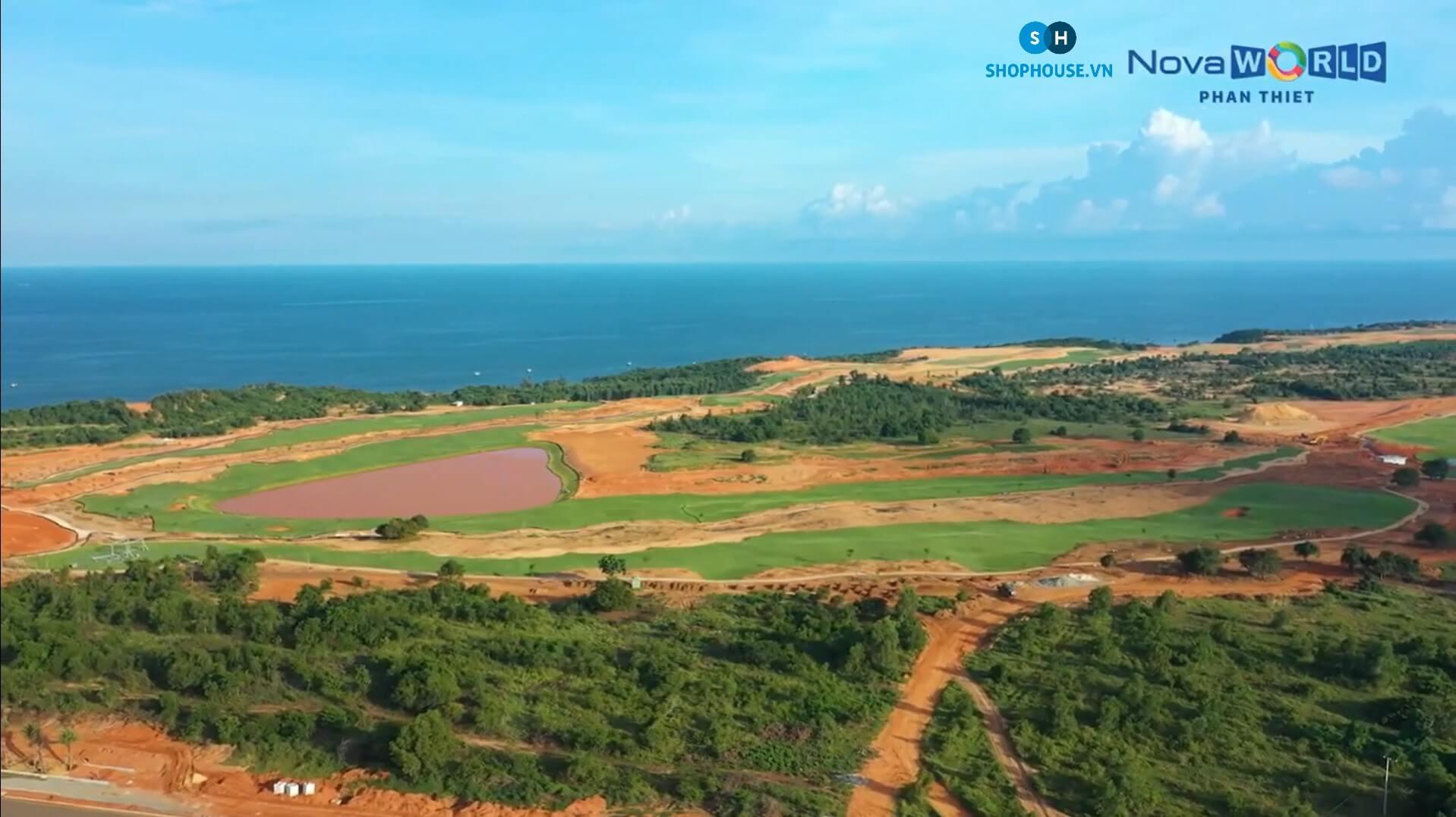 view-san-Golf-Ocean-bien-Tien-Thannh-cong-Nam-du-an-NovaWorld-Phan-Thiet-Binh-Thuan-Novaland-T10-2020