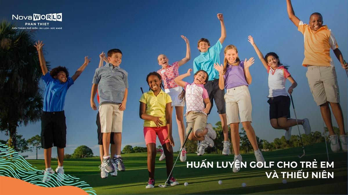 Huấn Luyện Golf Cho Trẻ Em